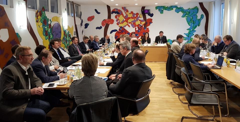 Expertengespräch zur Gülledüngung und Ausbringung. Foto: CSU-Fraktion