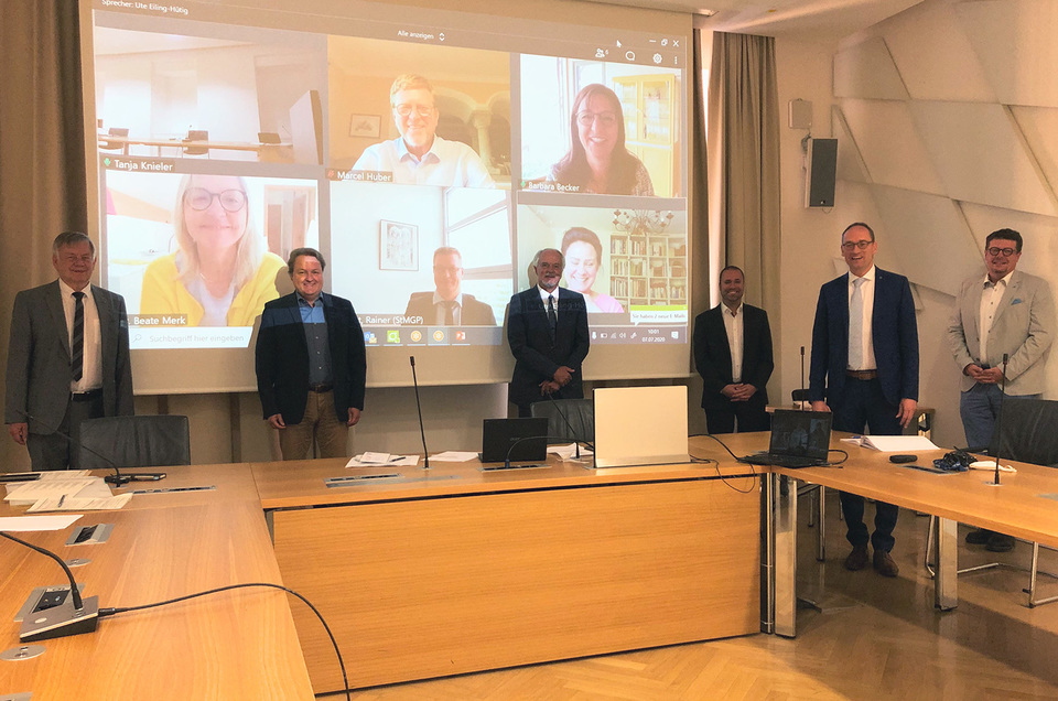 Dr. Wolfgang Krombholz, Vorstandsvorsitzender der Kassenärztlichen Vereinigung Bayerns (KVB) zu Gast im AK Gesundheit und Pflege. Foto: CSU-Fraktion