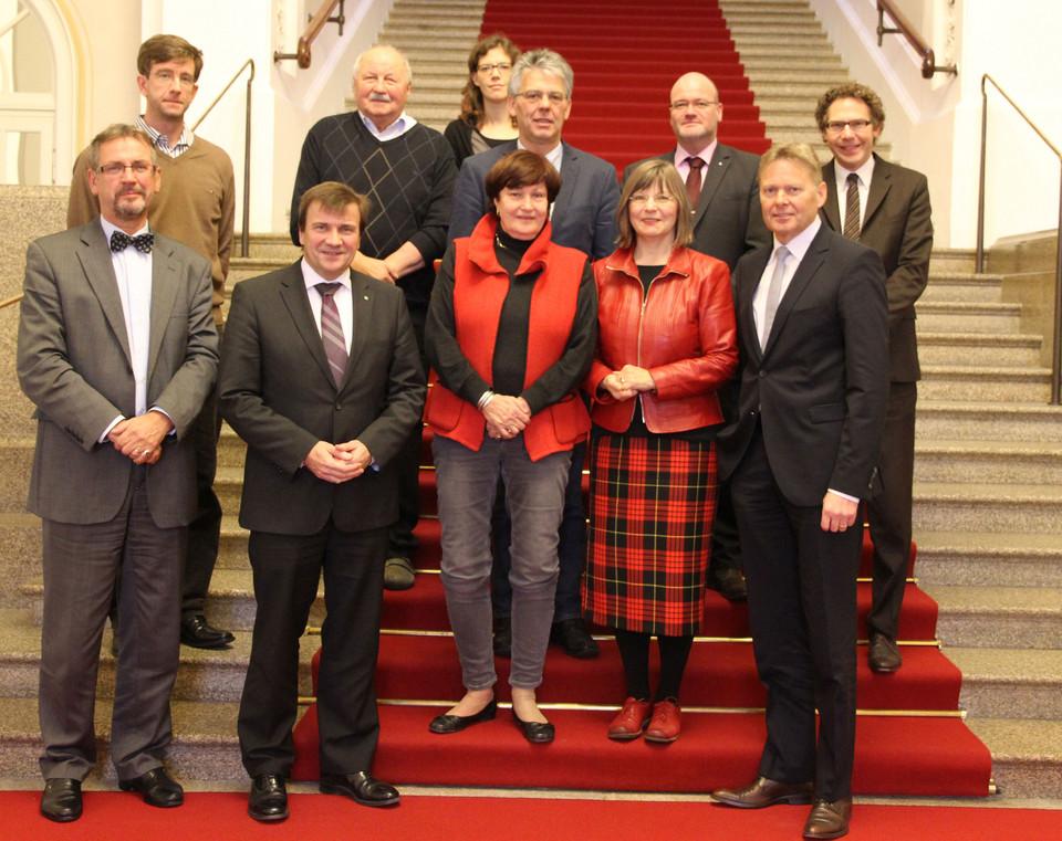 Die Mitglieder der Arbeitsgruppe Förderschulen und Inklusion mit ihrem Vorsitzenden Norbert Dünkel, MdL(vorne rechts).