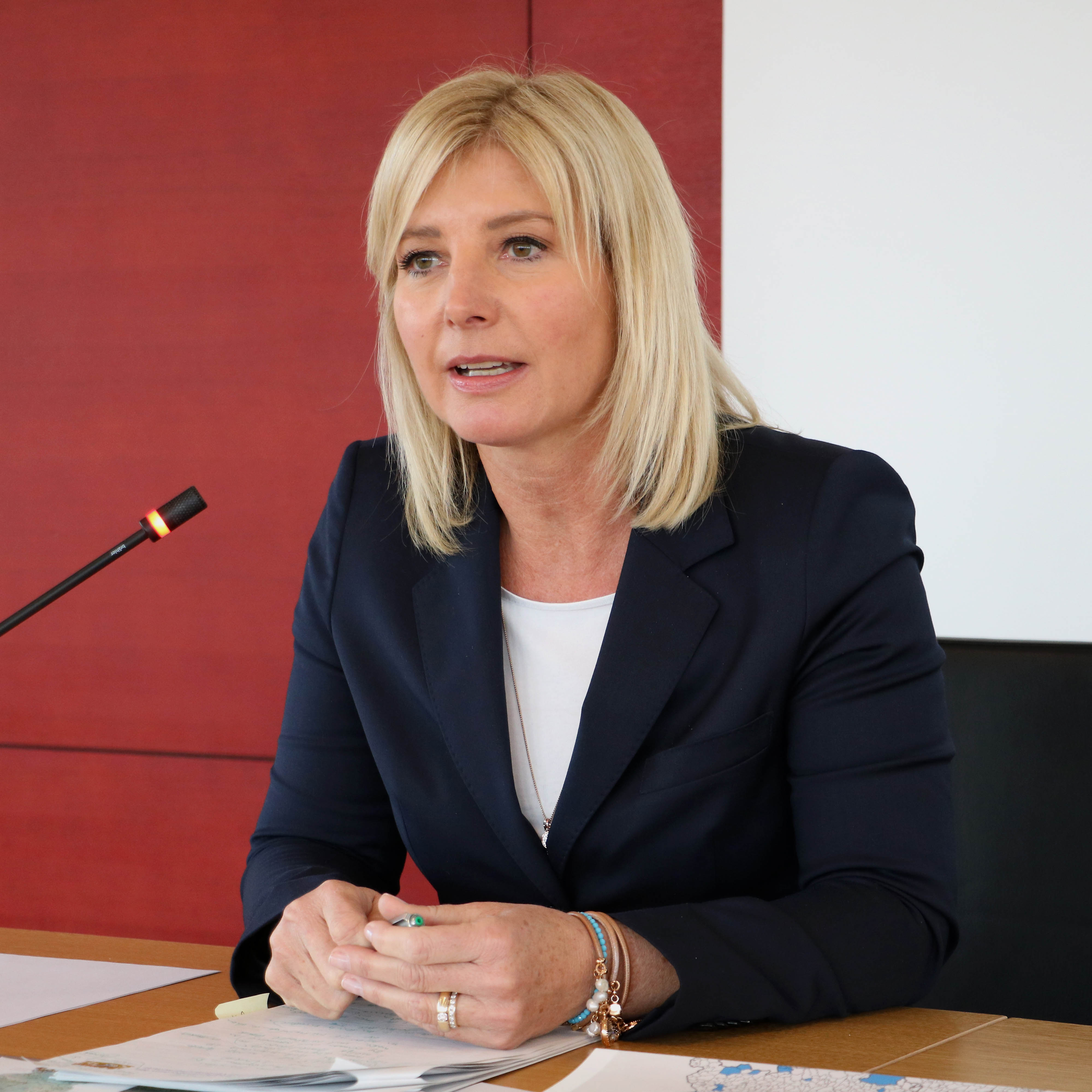 Ulrike Scharf, Staatsministerin für Umwelt und Verbraucherschutz