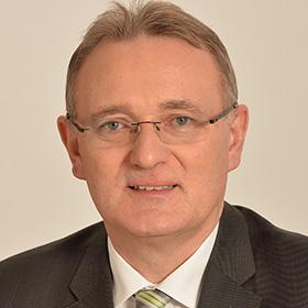 Berhold Rüth, Vorsitzender der Enquete-Kommission